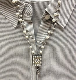 Jewelry Pearl Medallion Necklace