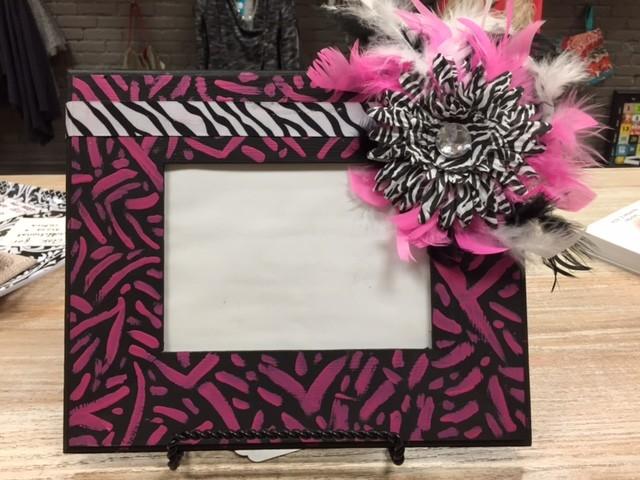 Decor Pink/Blk Zebra Frame