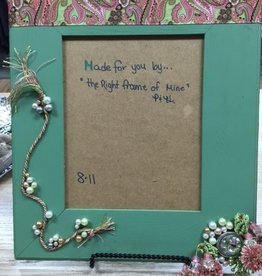 Decor Sage/Pink Frame