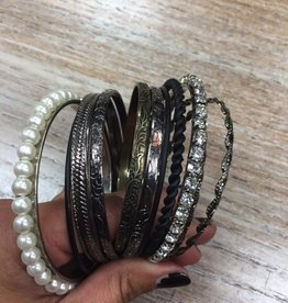 Jewelry WC Bangle Set