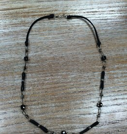 Jewelry Black Spinel Knot Necklace