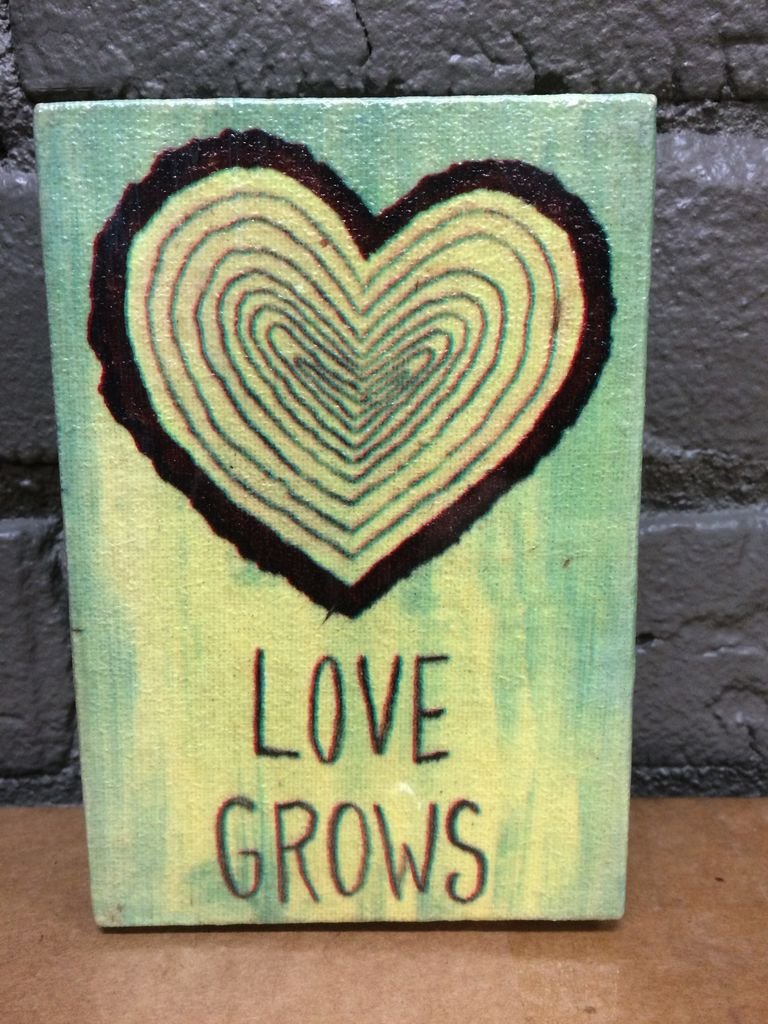 Decor Love Grows Wooden Sign