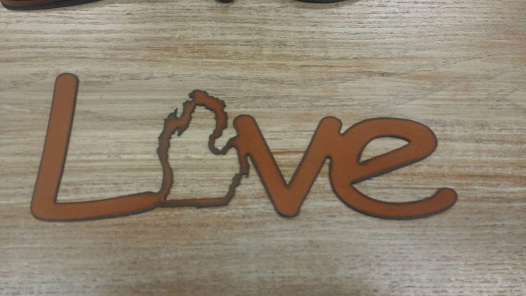 Decor Love MI Metal Sign
