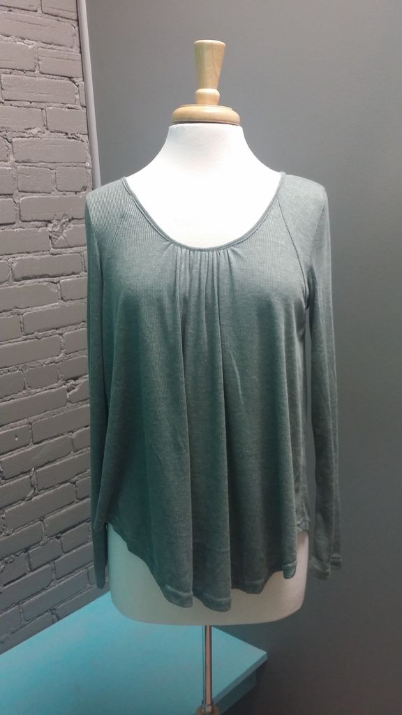 Long Sleeve LS Top w/ Lace-Up Back