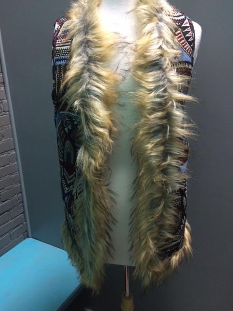 Vest Thick Faux Fur Detail Vest