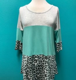 Tunic Grey/Mint Leopard 3/4 Tunic Top
