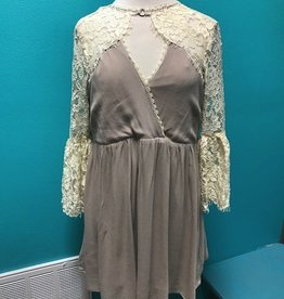 Dress Lace Keyhole Dress w/ Open Back
