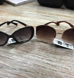 Sunglasses UV Sunglasses w/ Case