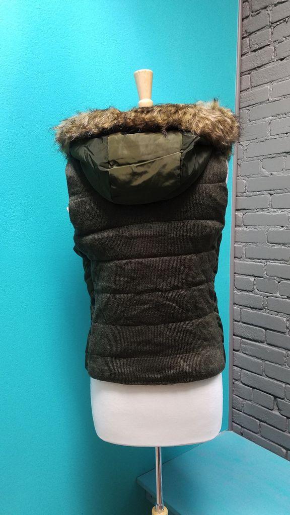 Vest Zip Front Hoodie Vest w/ Sweater Knit Back