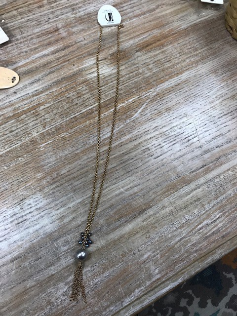 Jewelry Long Gold Necklace w/ Pearls