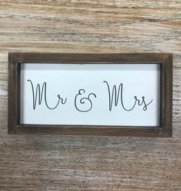 Decor Mr & Mrs Framed Box Sign 8x4