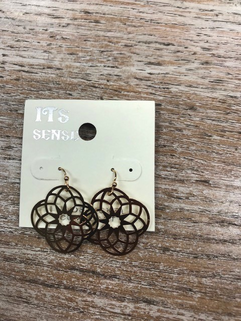 Jewelry Gold Cut Out Earrings