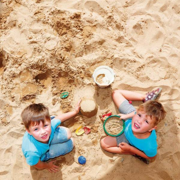Erzi Metal Sand Toy Play Set by Erzi