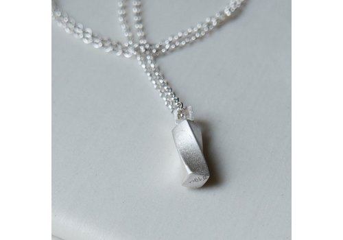 Rectangular Twist Necklace