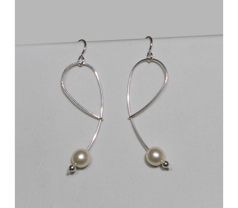 Silver Wire Earrings with Glass Pearl