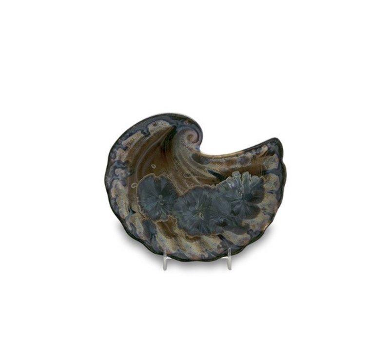 Crescent Shell