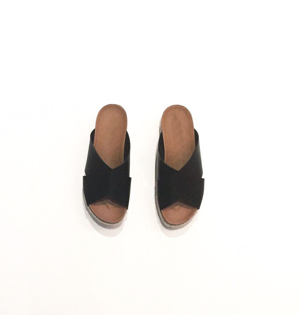 Aiden Crossover Sandal