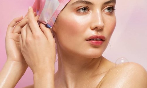 The Shower Cap Reinvented: Our New Favourite the SHHHOWERCAP