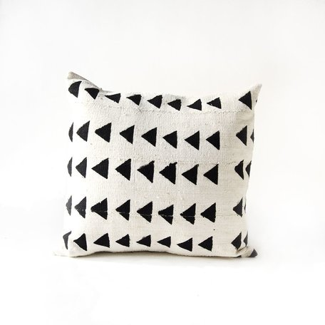 White Mudcloth Cushion -Triangles