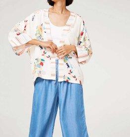 ESPRIT Silky kimono jacket with floral print