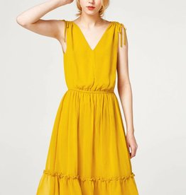 ESPRIT Midi dress in delicate crinkle chiffon