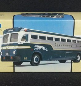 Greyhound Lines Yellow Coach 743 Silverside US98470
