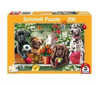LION RAMPANT IMPORTS SCHMIDT PUZZLE 200: PLAYFUL PUPPIES