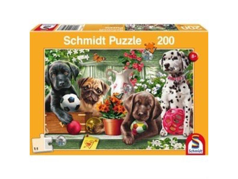 LION RAMPANT IMPORTS SCHMIDT PUZZLE 200: PLAYFUL PUPPIES