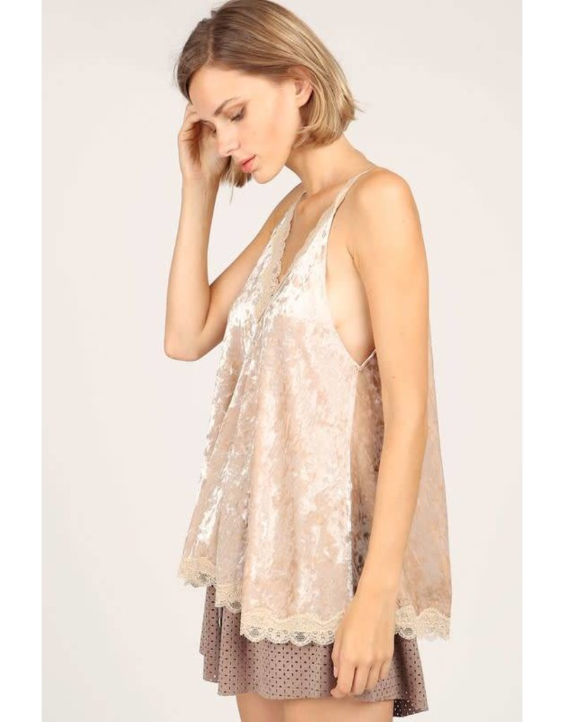 POL CLOTHING LACE DETAILED CRUSHED VELVET CAMI