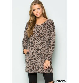 1STYLE FRENCH TERRY L/S VNECK ANIMAL PRINT TUNIC W/ POCKETS