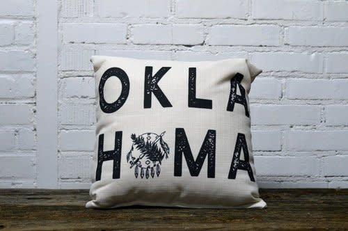 THE LITTLE BIRDIE OKLAHOMA SHIELD BLACK OKLAHOMA TEXT PILLOW