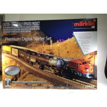 Used Marklin Premium HO American Big Boy Steam & Santa Fe Digital Starter Set.# 29849