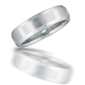 N00126 Brushed Wedding Band
