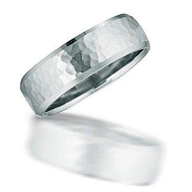 Mens hammered design comfort wedding band Novell N01035