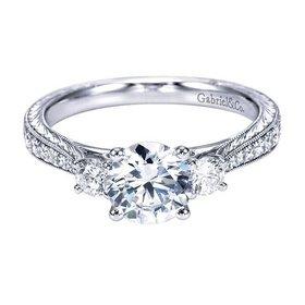 ER7288 3 stone ring