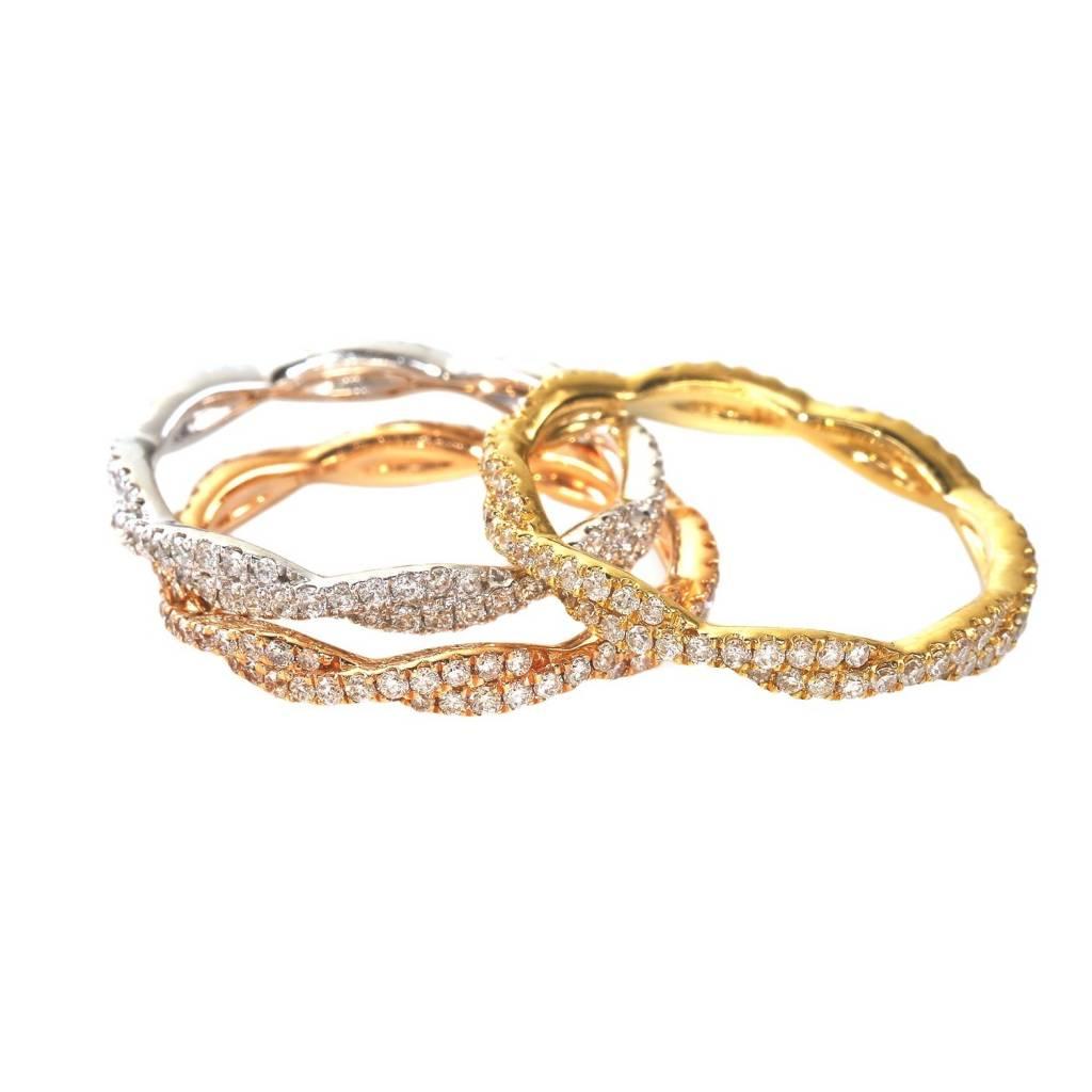 Sabrina CR3234 twisted diamond band