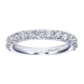 AN7685 prong set diamond band