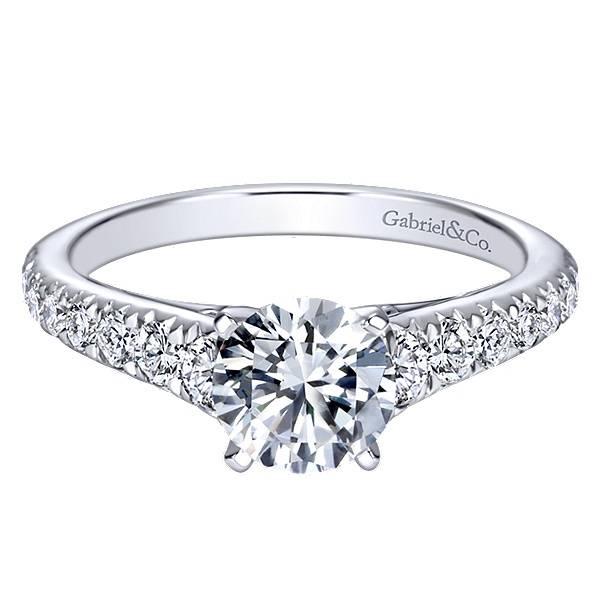 ER8259 graduating diamond accent ring