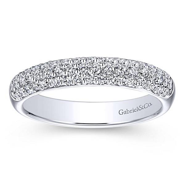 AN7868 3 row diamond wedding band
