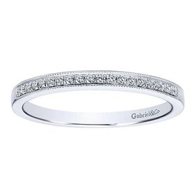AN12081 Milgrain diamond band
