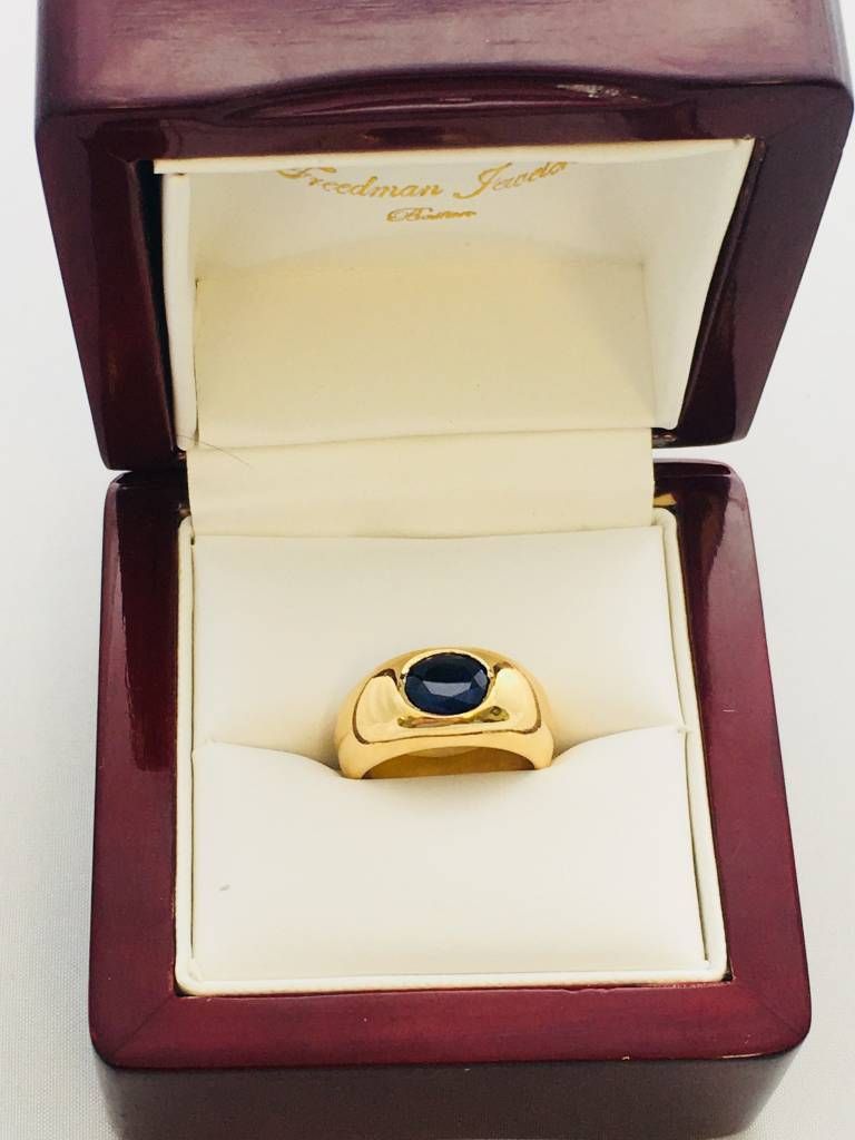 Freedman 14kt yellow gold oval sapphire bezel ring