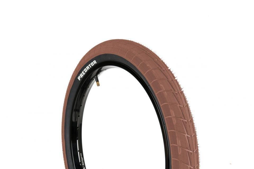 Eclat Predator Tire