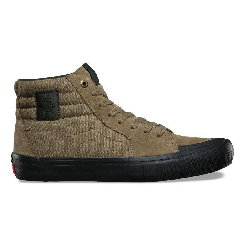 Vans Sk8-Hi Pro Dakota Roche Shoe