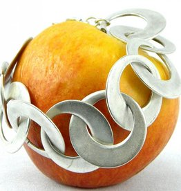 Large Circles Smooth Interlinked Bracelet