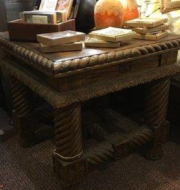 Corkscrew Leg Lamp Table 30'x30'x27'