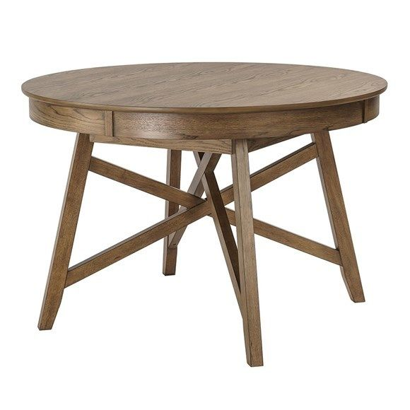 Staging A Small Dining Room With Oak Table