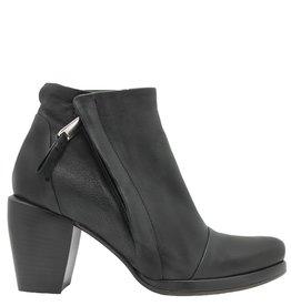 Ixos Ixos Black Leather Point Zipper Boot 5508