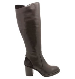 Strategia Brown Overlay Knee Boot Star