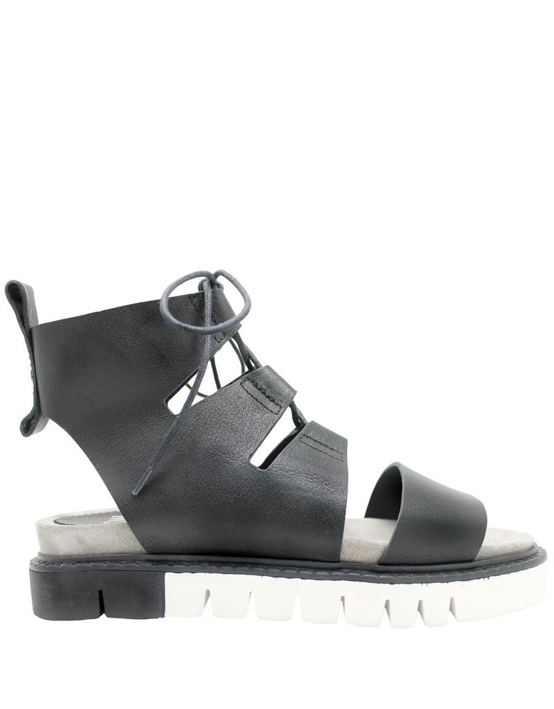 Now Now Black Gladiator Tread Bottom Sandal 3775