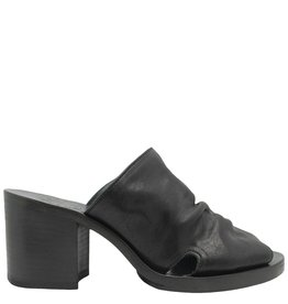 Fiorentini+Baker Fiorentini+Baker Black Mule With Medium Heel Oraya